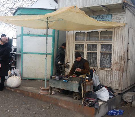 Bazar Marguilan Ouzbékistan Cordonnier
