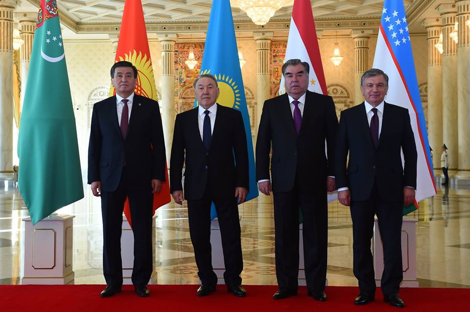 Sooronbaï Jeenbekov Noursoultan Nazarbaïev Emomalii Rahmon Chavkat Mirzioïev Astana Sommet Asie centrale