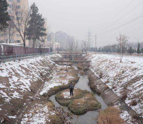 Canal Betonka Tadjikistan Douchanbé Hiver