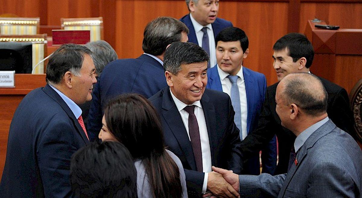 Sooronbaï Jeenbekov Premier ministre Parlement Jogorku Kengech Kirghizstan