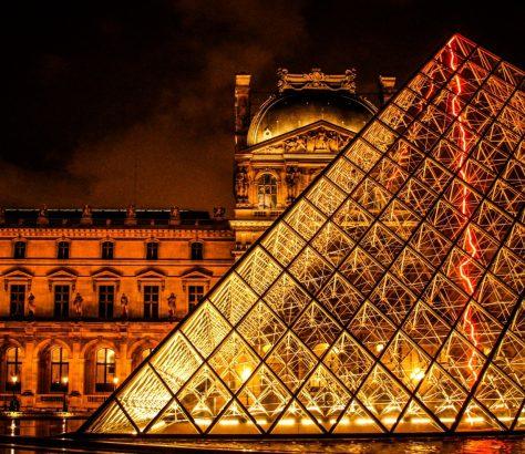 Louvre Musée Paris France Ouzbékistan Exposition