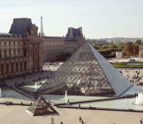 Louvre Pyramide Paris Ouzbékistan Jean-Luc Martinez Visite