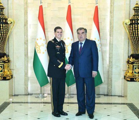 Emomalii Rahmon Joseph Leonard Votel Tadjikistan Etats-Unis Rencontre
