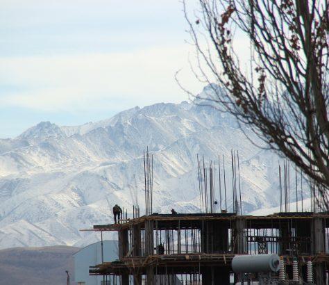 Construction Kirghizstan Montagnes