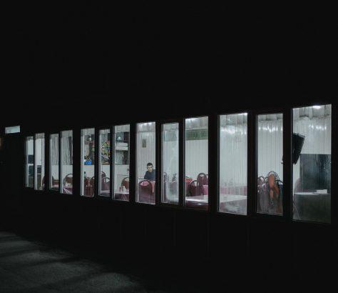 La nuit, à la gare de Bichkek