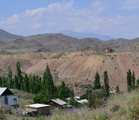 Kirghizstan Soumsar Chekaftar Terrils Résidus Radioactifs