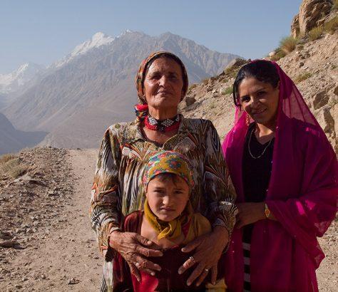 Femmes Tadjikistan Société Vie quotidienne charge responsabilité