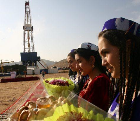 Tadjikistan Hydrocarbures Gaz Pétrole Investissement impasse
