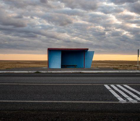 Arrêt de bus Kazakhstan mer d'aral architecture soviétique