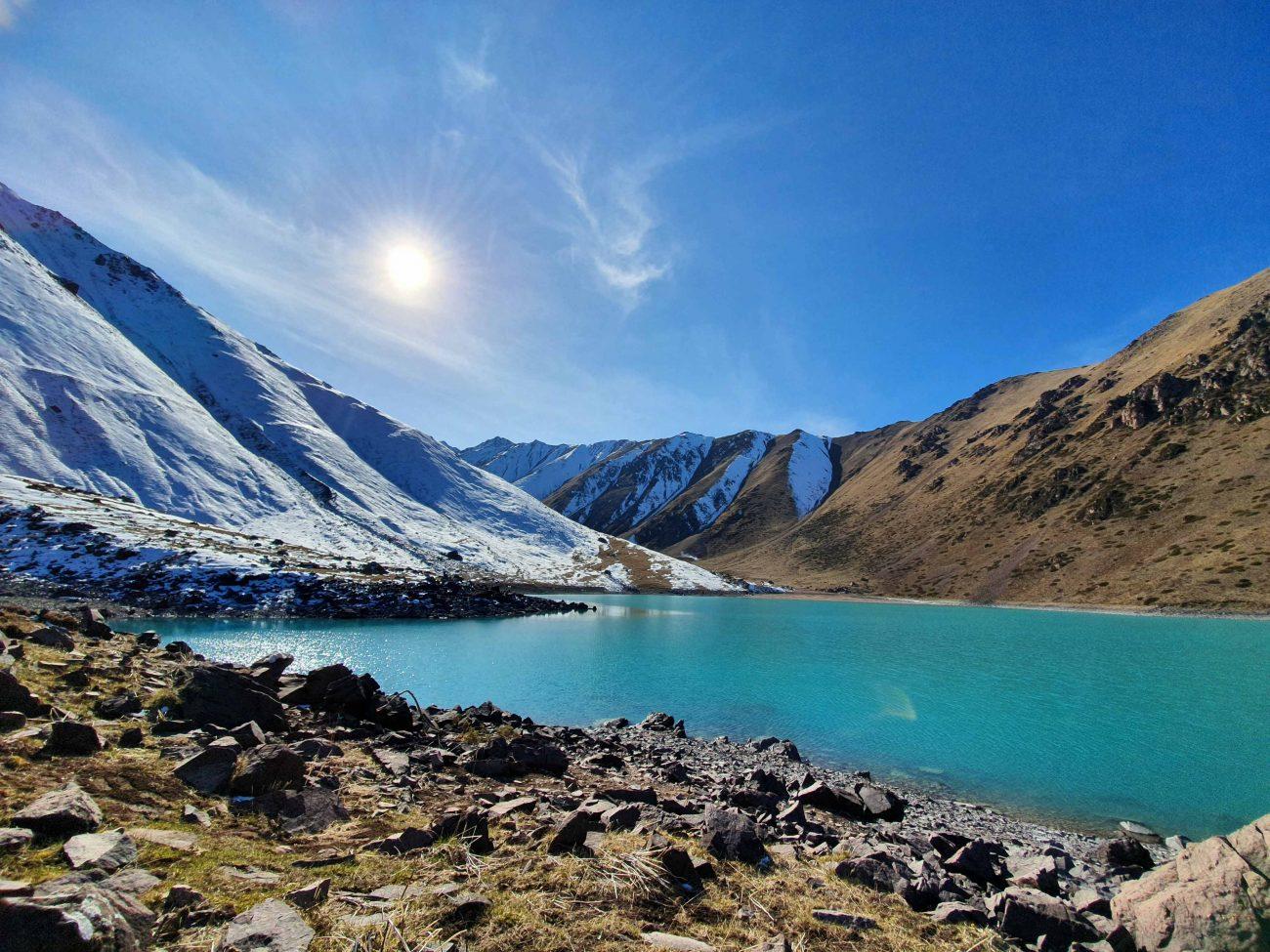 Kirghizstan köl-tor montagnes lac nature