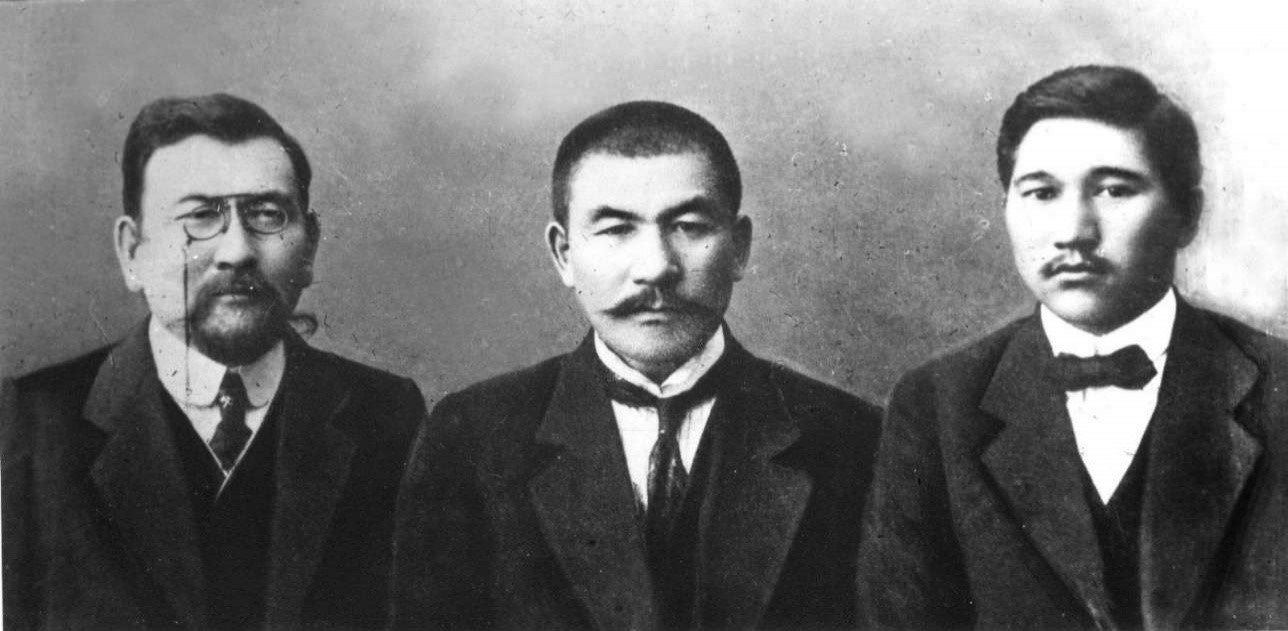 Alach Orda Kazakhstan Politique Election Histoire Démocratie Indépendance