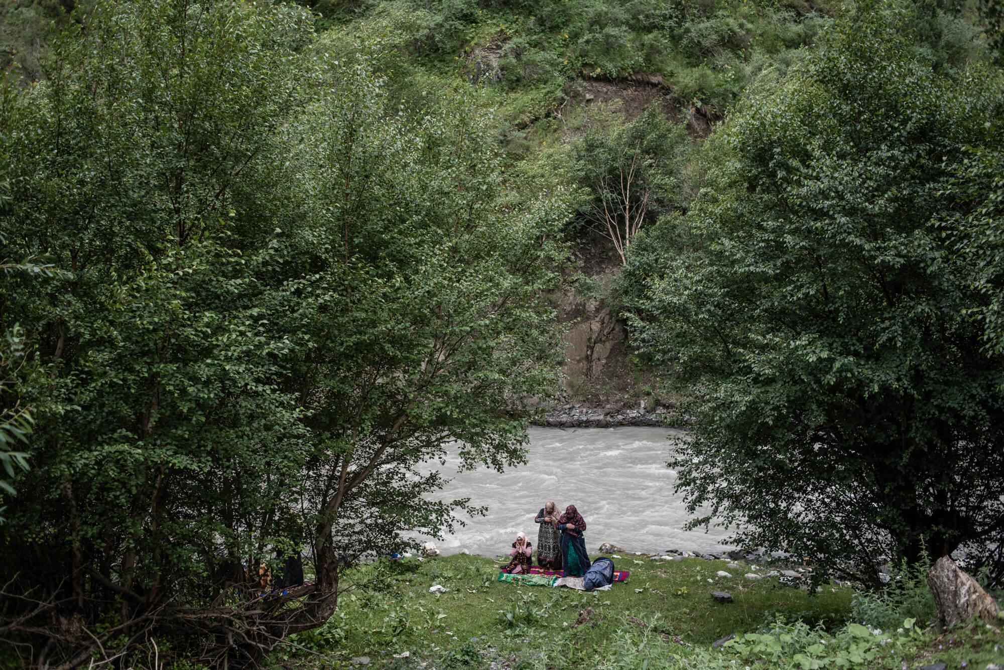 Kirghizstan pique-nique prière Mutakalim
