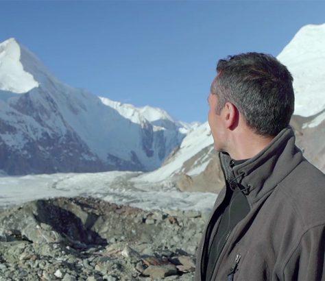 Khan Tengri Cédric Gras Asie centrale film Alpinistes de Staline Abakalov frères URSS Livre Film Vers les Monts célestes