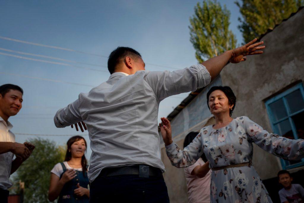 Fête Kirghizstan Jardin Photo du jour Asie centrale