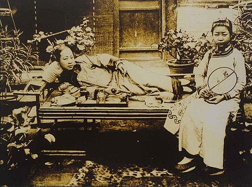 Asie centrale Opium Drogue histoire Conflits pavot Chine Femmes