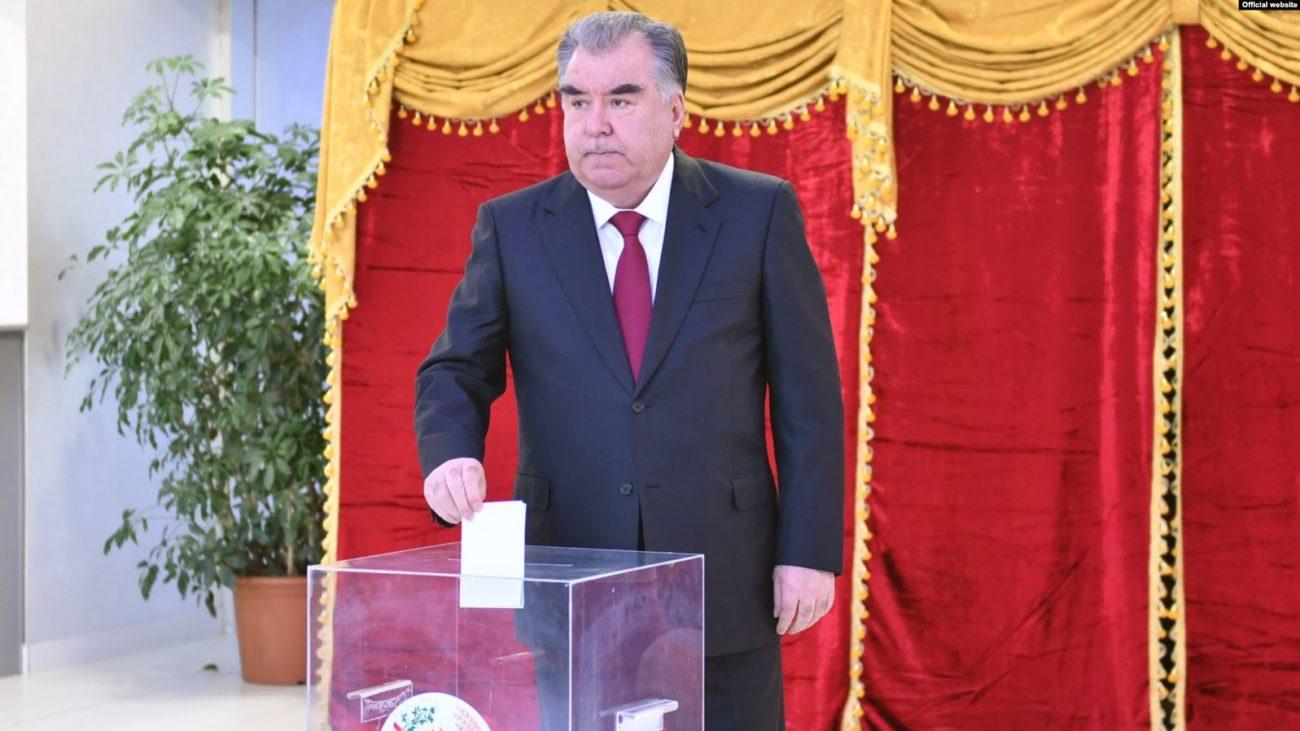 Emomalii Rahmon Tadjikistan Election Présidentielle Vote Politique
