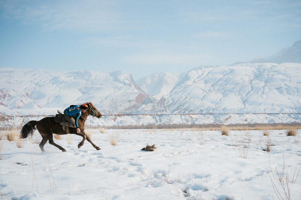 Kirghizistan Naryn Nomade Jeux équestres