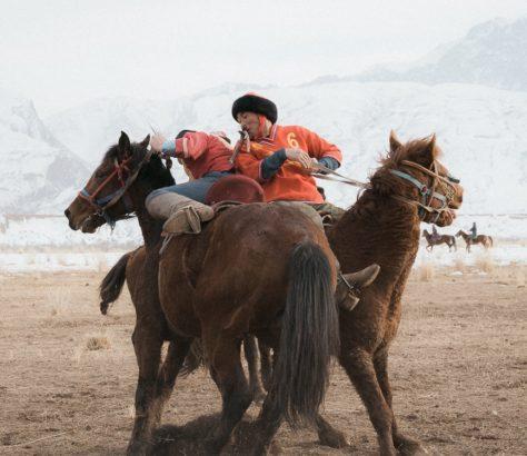 Kirghizstan Naryn Nomade Jeux équestres Kok Boru