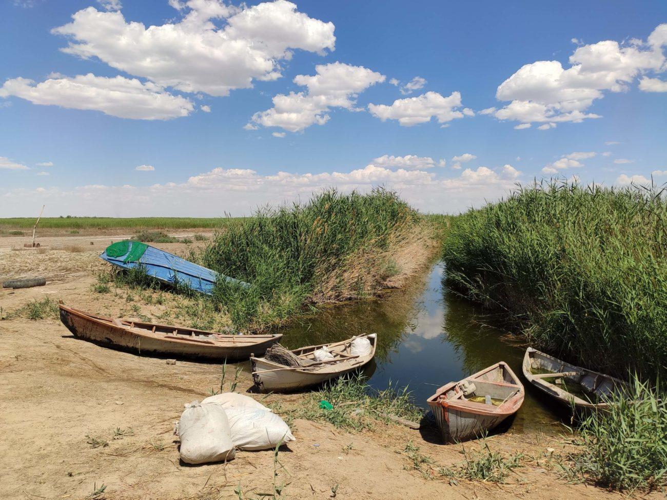 Bateaux de peche Ouzbékistan Sudochi lac Karakalpakstan