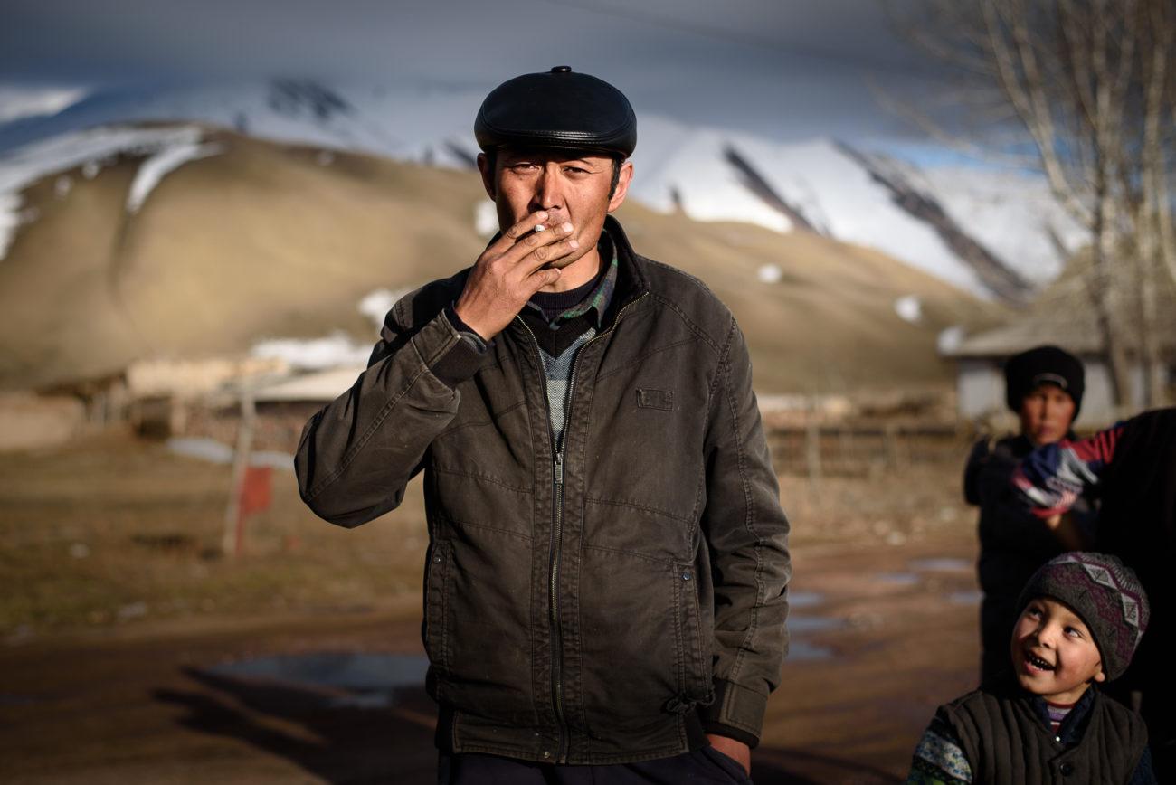 Kirghizstan Antoine Béguier village portrait