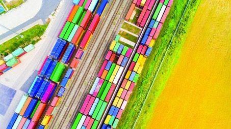 Fret Containers Chine Kazakhstan Nouvelles routes de la Soie trains
