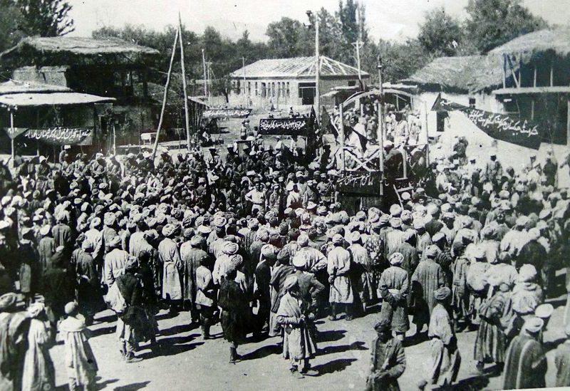 Russes Tadjikistan Empire histoire URSS migration