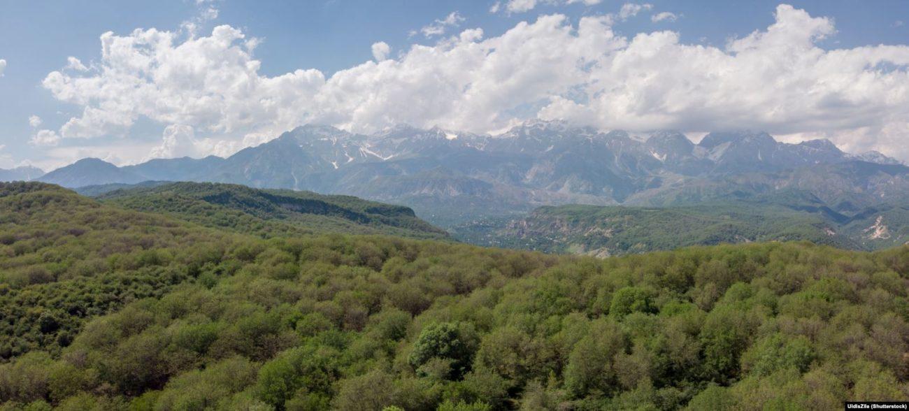 Kirghizstan Arslanbob Forêt Noix Environnement Changement climatique