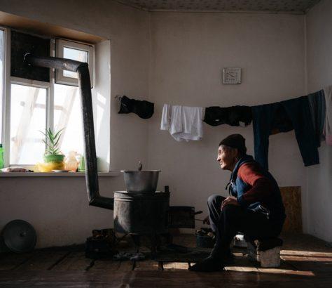 Kirghizistan tian shan chamelier montagnes