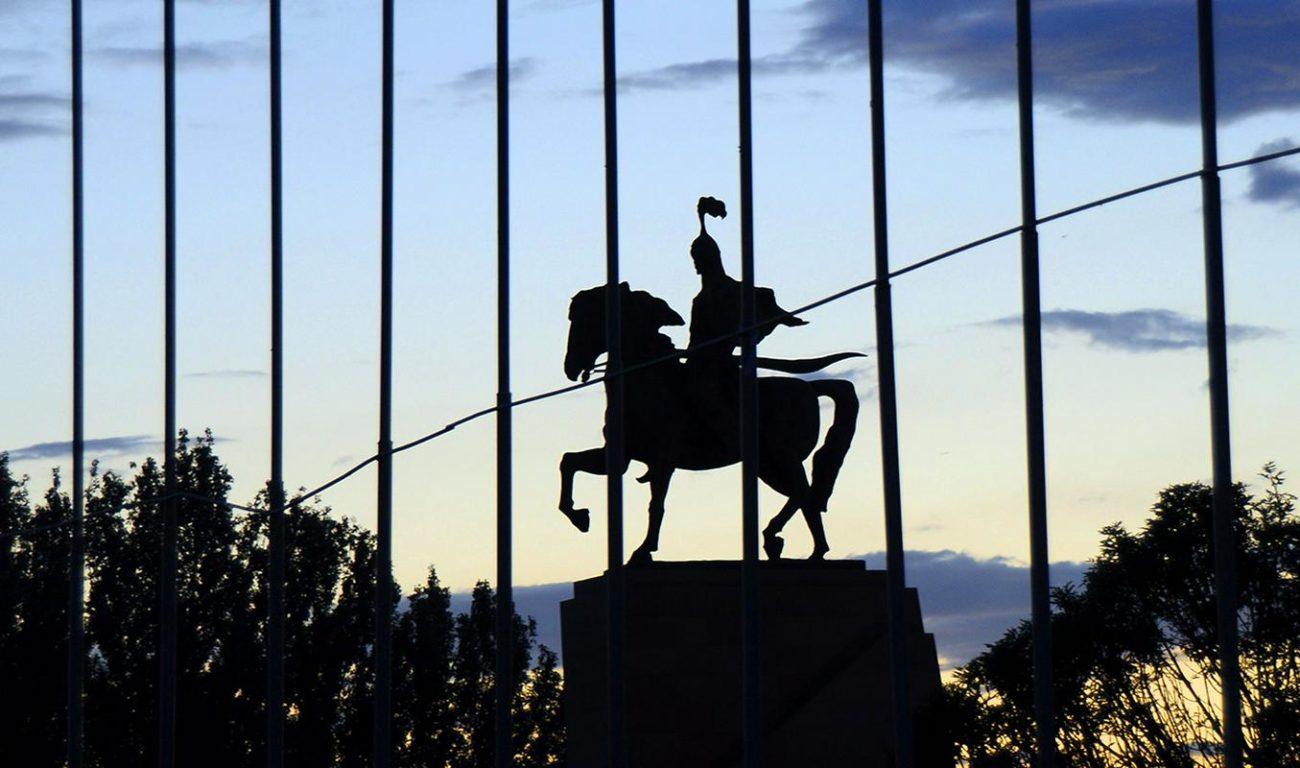 Statue Manas Bichkek Kirghizstan