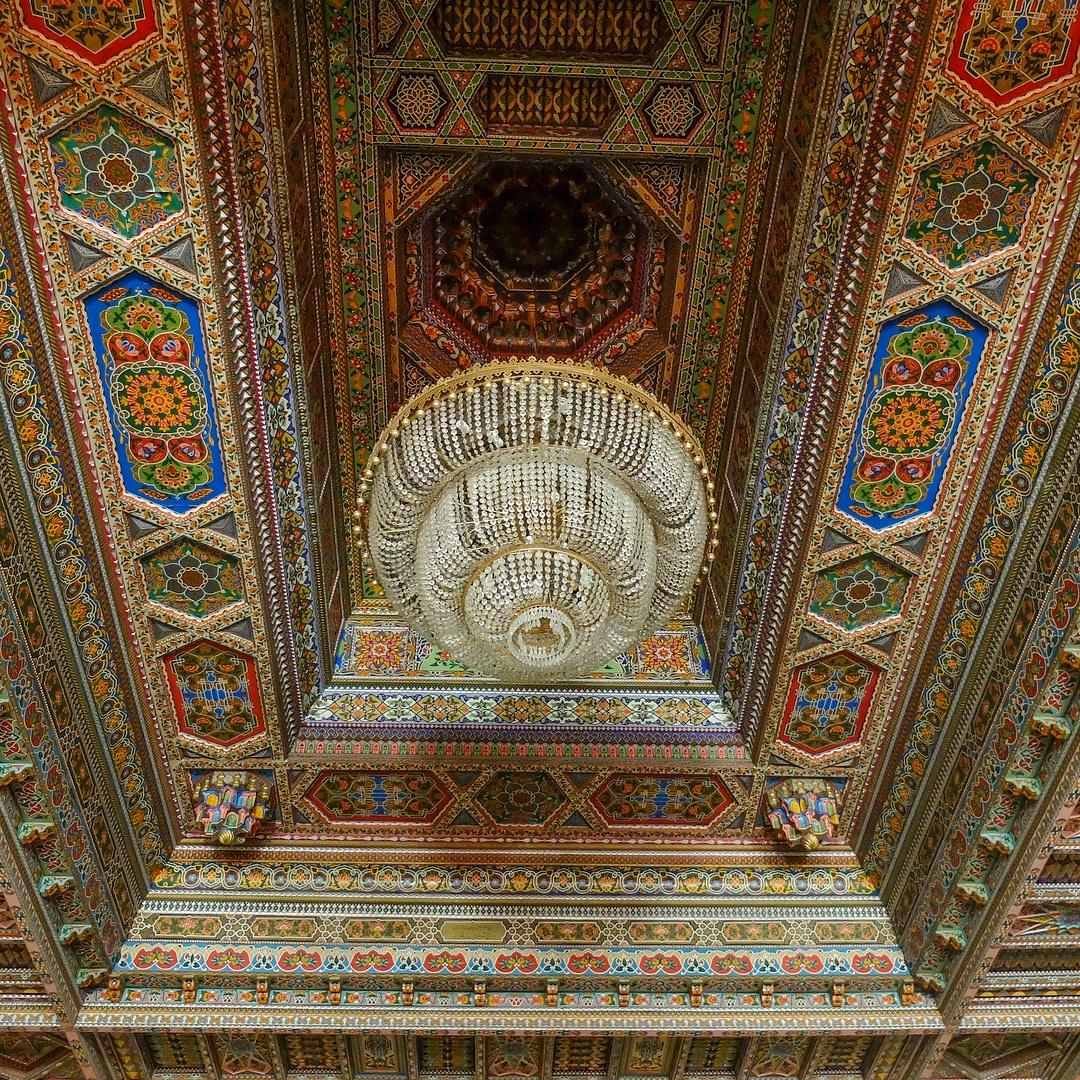 tadjikistan khoudjand théâtre lustre