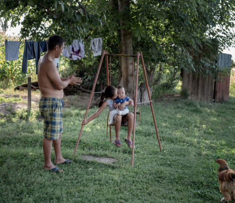 Kirghizstan Jardin Famille