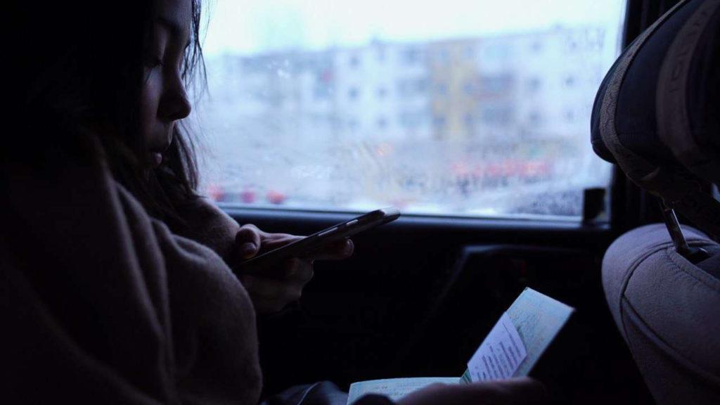 Kyzbolsyn documentaire jeune fille