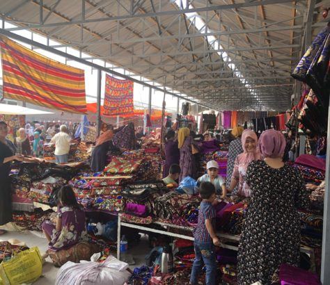 Ouzbékistan marché aussi tissus bazar Marguilan Ferghana