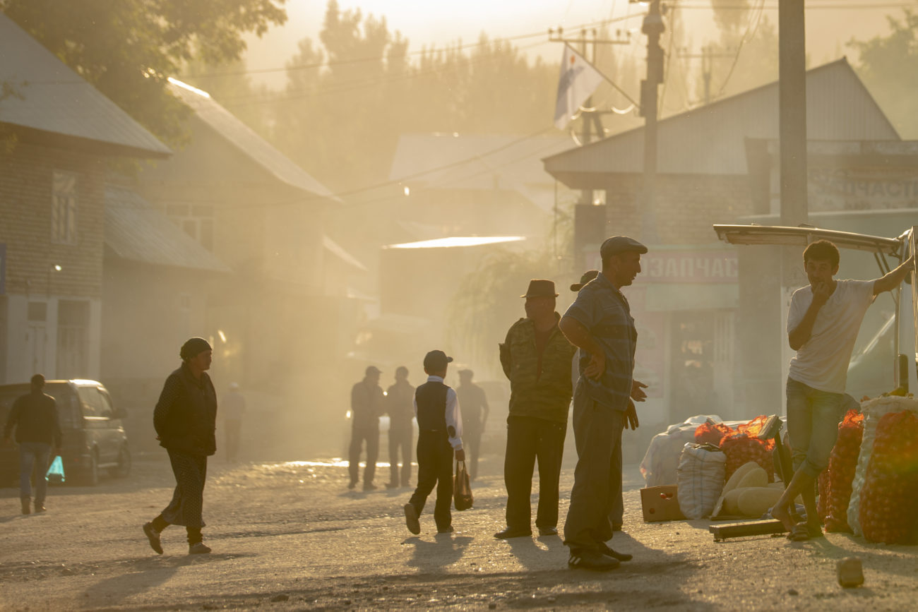 Kirghizistan Arslanbob irina unruh village marché