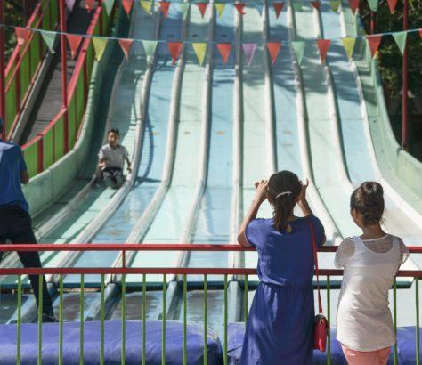 Kazakhstan Toboggans enfant Parc d'attraction