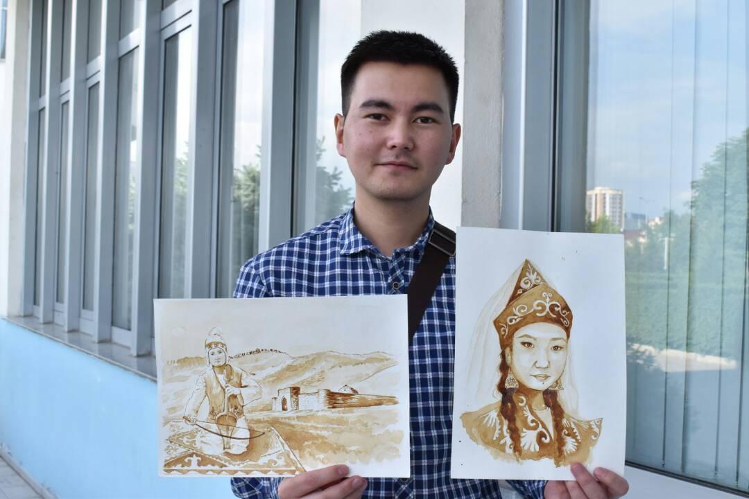 Nourlan Duichobekov Peintre Kirghizstan Café