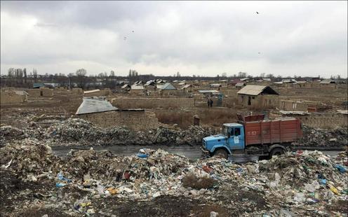 Kirghizstan Bichkek Décharge Occupation des terres