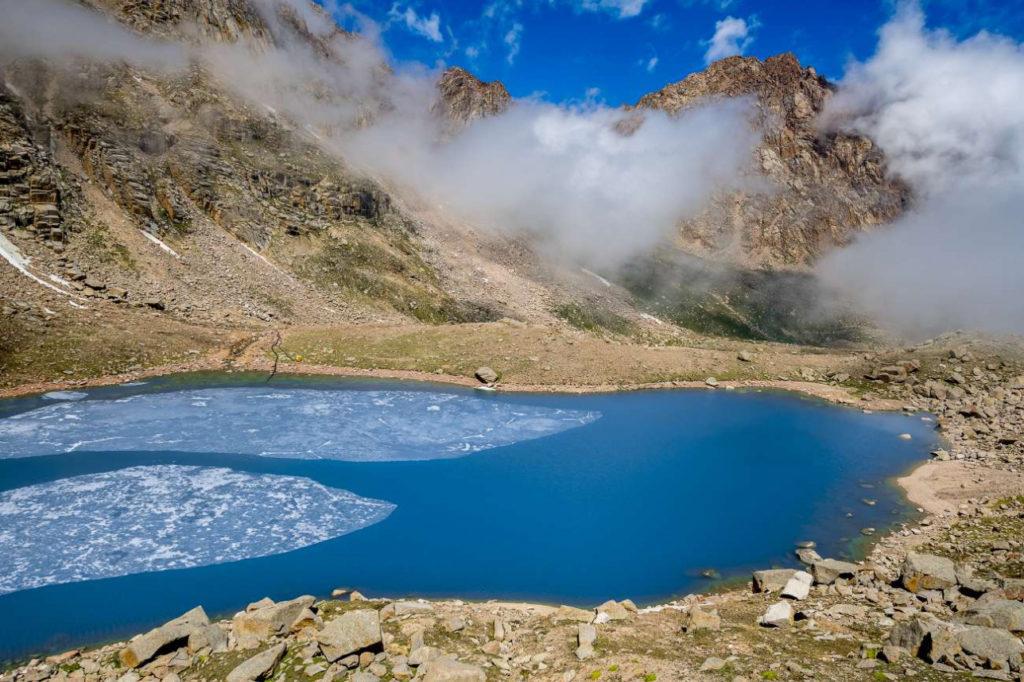 Kazakhstan Environnement Lac Bartogaï Glacier