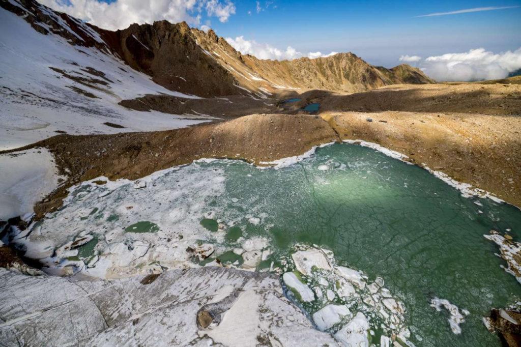Kazakhstan Environnement Lac Bartogaï Moraine