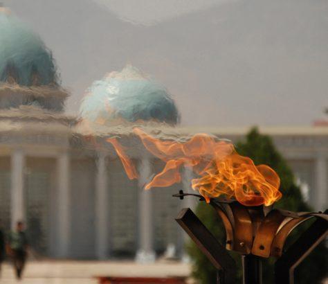 Photo du jour Turkménistan Achgabat Monument