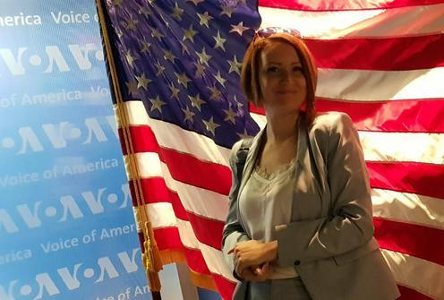 Journaliste Femme Asia Plus Tadjikistan Etats-Unis