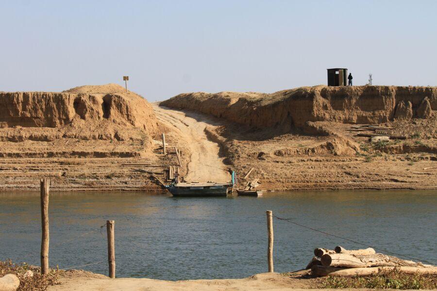Oural Passeurs Traversée Bacs  Environnement Kazakhstan
