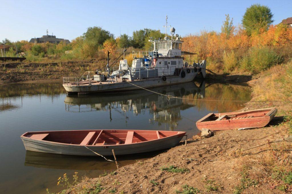 Oural Environnement Bateaux Traversée Kazakhstan