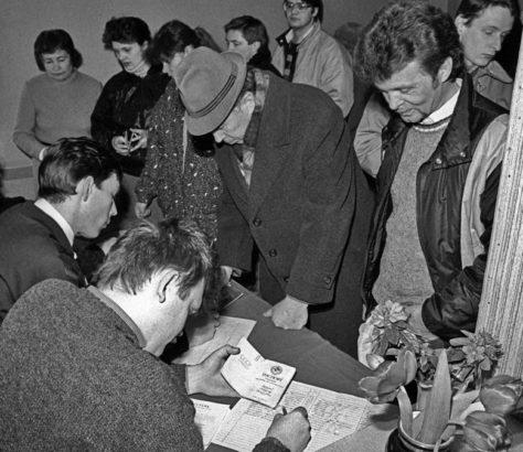 Référendum Bureau Vote Lituanie URSS Union Soviétique