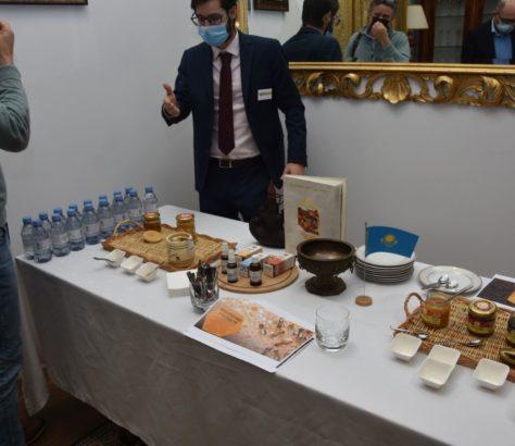Kazakhstan Miel Almaty Production Sélection