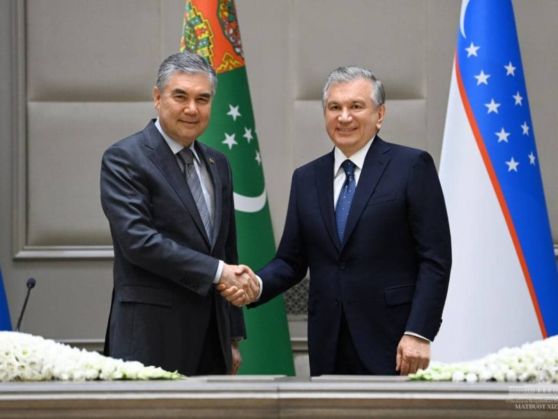 Chavkat Mirzioïev Gourbangouly Berdimouhamedov Rencontre Tachkent Visite officielle Turkménistan Ouzbékistan