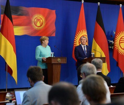 Atambaiev et Merkel