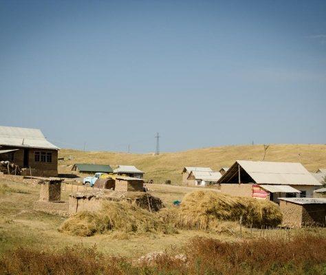 Villages du Kirghizstan, Crédit : Etienne Combier